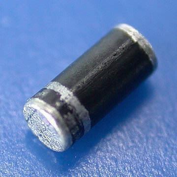Dioda 1N4007-SMD (1A 1000V) SOD87 Melf T&R opak=100 szt