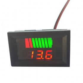 Panelowy woltomierz LED 12V czerwony (wskaźnik naładowania akumulatora do samochodu)