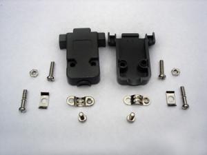Osłona skręcana D-SUB 9 pin czarna opak=100 szt
