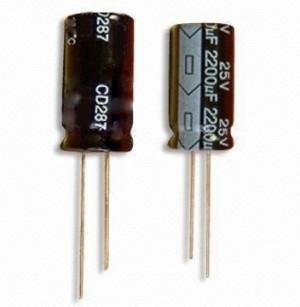 Kondensator 1000uF/10V 8x16mm 105C opak=100 szt