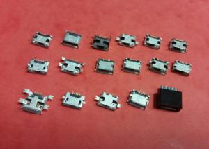 Zestaw 17szt gniazd micro USB