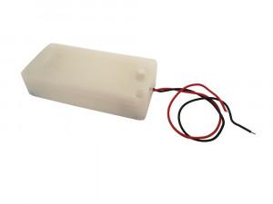Koszyk hermetyczny na 2 baterie AA 1.5V z pokrywką i wyłącznikiem, biały