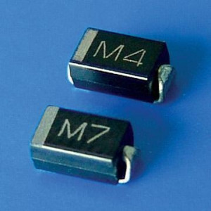 Dioda 1N4007-SMD (M7) DO214 T&R opak=100 szt