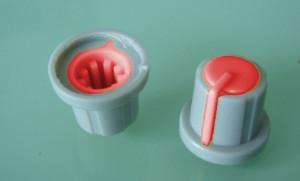 Gałka potencjometru szara 17.5mm czerwona