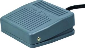 Przełącznik nożny ON-(ON) 10A 250V, bez osłony z przewodem 1m PN06