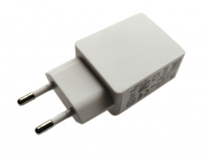 Zasilacz impulsowy 5V/1A USB