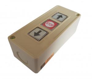 Przycisk TPB-3 monostabilny 3A 250V w obudowie, przyciski ze strzałkami